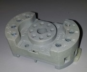 V23100 Z9005 Socket - Octal Din Rail screw
